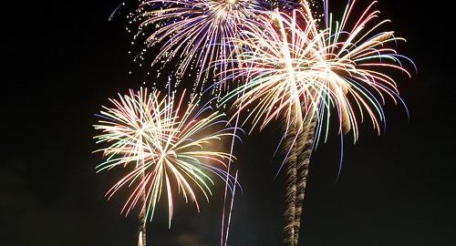 2693171833_3545fb852c_fireworks